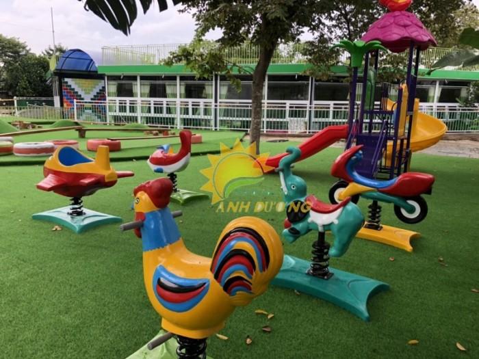 Chuyên cung cấp thú nhún lò xo cho trường mầm non, sân chơi trẻ em, công viên20