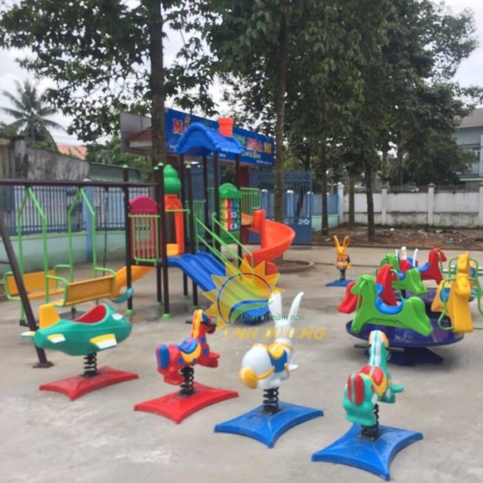 Chuyên cung cấp thú nhún lò xo cho trường mầm non, sân chơi trẻ em, công viên21