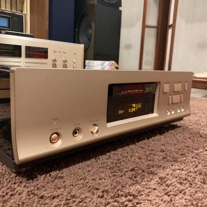 CD LUXMAN D-7 SIGNATURE ( Limited)4