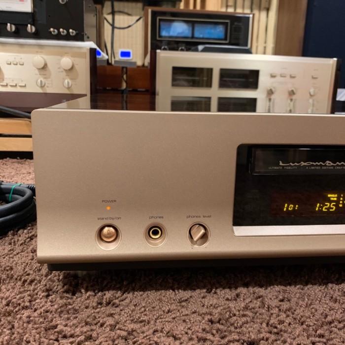 CD LUXMAN D-7 SIGNATURE ( Limited)3