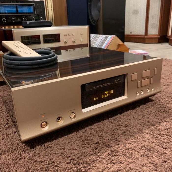 CD LUXMAN D-7 SIGNATURE ( Limited)9