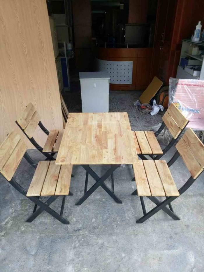 Bộ bàn ghế cafe, bàn ghế gỗ quán nhậu giá rẻ1