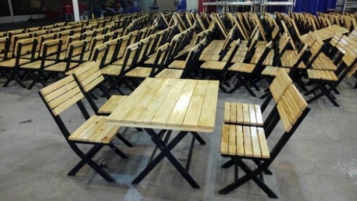 Bộ bàn ghế cafe, bàn ghế gỗ quán nhậu giá rẻ3