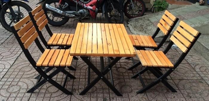 Bộ bàn ghế cafe, bàn ghế gỗ quán nhậu giá rẻ5