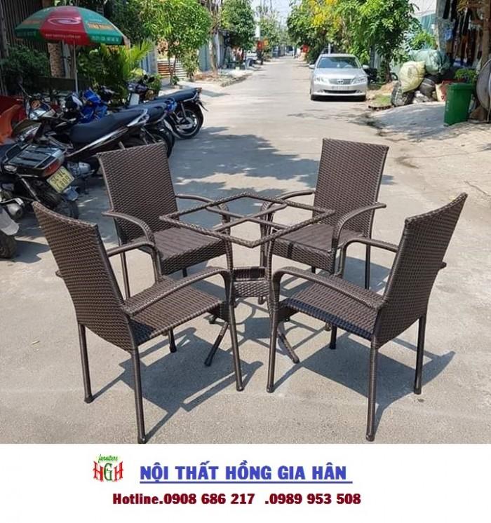 Cần thanh lý 50 bộ bàn ghế cafe sân vườn