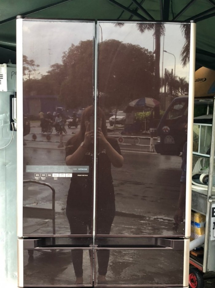 Tủ lạnh HITACHI R-G5200D 6 cánh, mặt gương màu NÂU ĐỎ, 517L, Date 20132