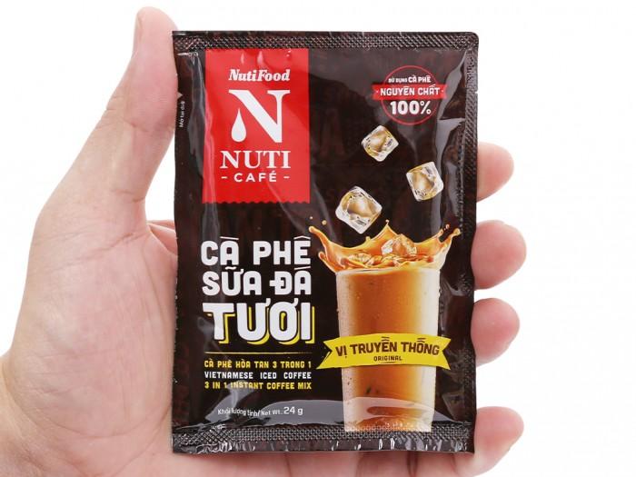 Cà phê sữa đá tươi NUTICAFÉ 3 trong 1 240g1