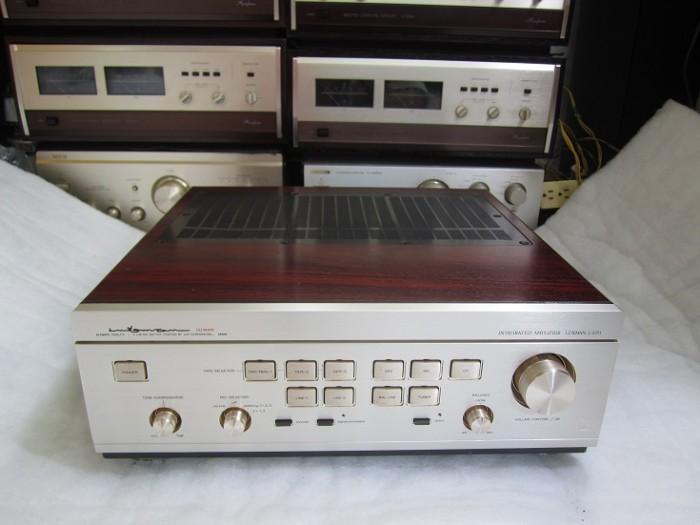 AMPLI LUXMAN 5700