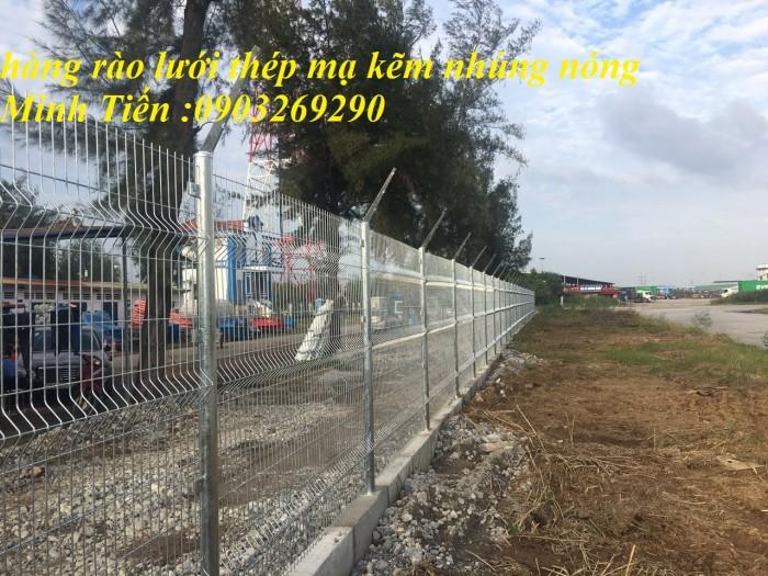 Hàng rào lưới thép mà kẽm sơn tĩnh điện - nhúng nóng bẻ gập đầu tam giagiacs6