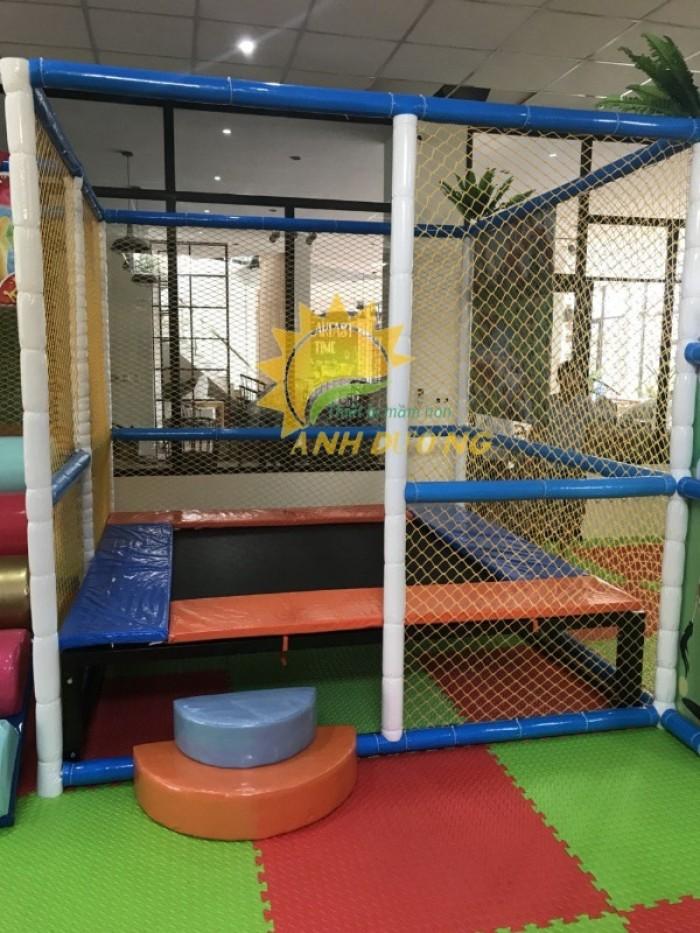 Cung cấp sàn nhún nhảy vận động dành cho trẻ em mầm non giá SỐC3