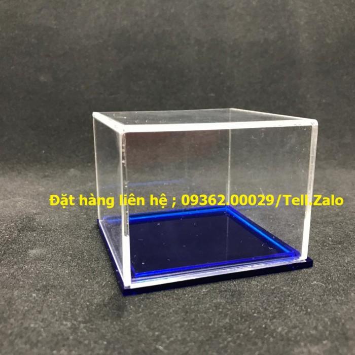 Các sản phẩm chuyên về hộp trưng bày sản phẩm mẫu mica4