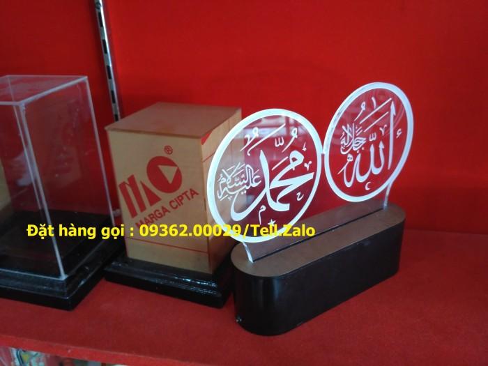 Các sản phẩm chuyên về hộp trưng bày sản phẩm mẫu mica9