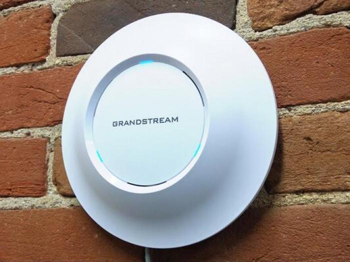 Bộ phát Wifi Grandstream GWN76050