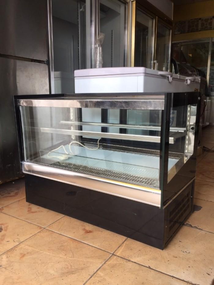 Tủ trưng bày bánh kem để bàn kính vuông1