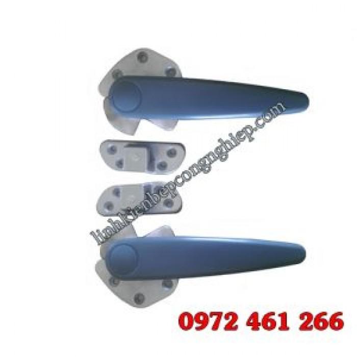Tay khóa xoay toàn bộ bằng inox chuyên dùng cho tủ cơm bếp công nghiệp1