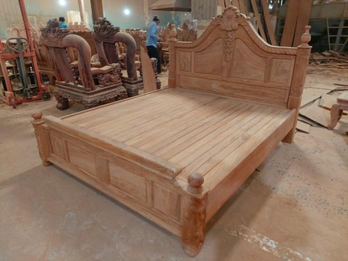 Giường ngủ hoàng gia sang trọng - gỗ gõ đỏ cao cấp tại quận 74