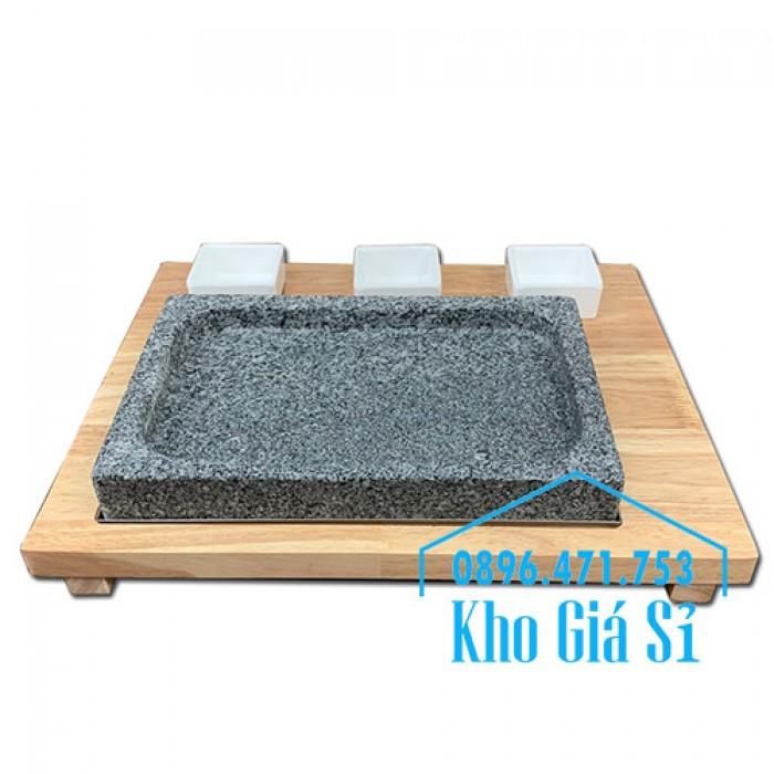 Miếng đá/Tấm đá Hàn Quốc nướng thịt BBQ, thịt bò có khay gỗ lớn để phục vụ