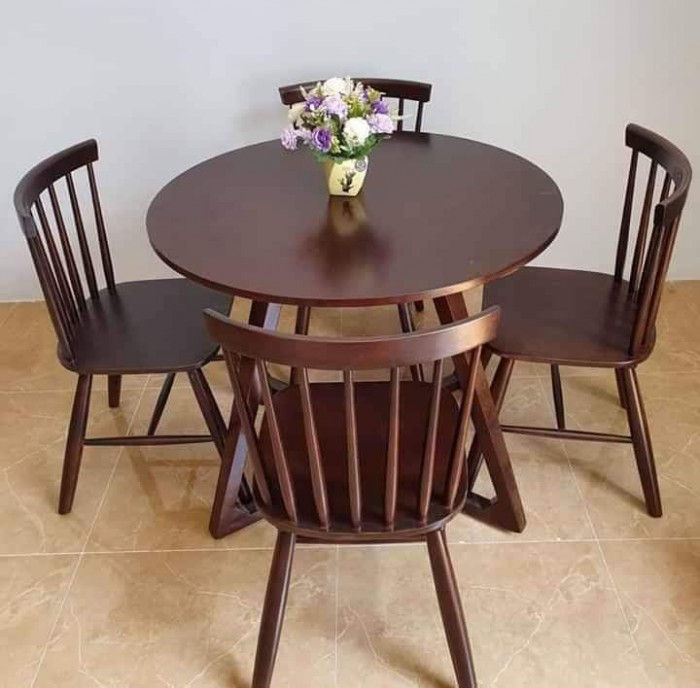 Bàn ghế gỗ 7 xong giá tại nơi sản xuất..2