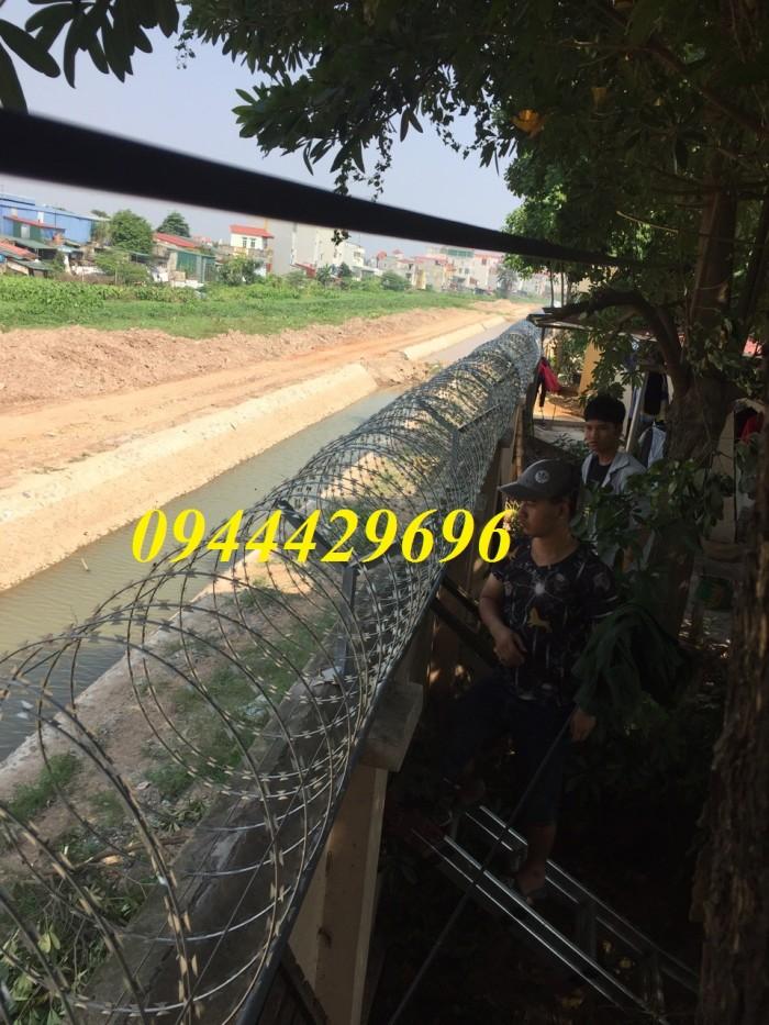Thi Công Hàng Rào Dây Thép Gai  Đk 456
