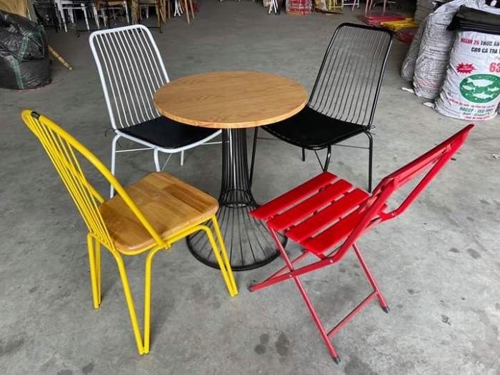 Xưởng bàn ghế mỹ nghệ Cafe, nhà hàng,mẫu mã đẹp, kiểu dáng mầu sắc đa màu..4