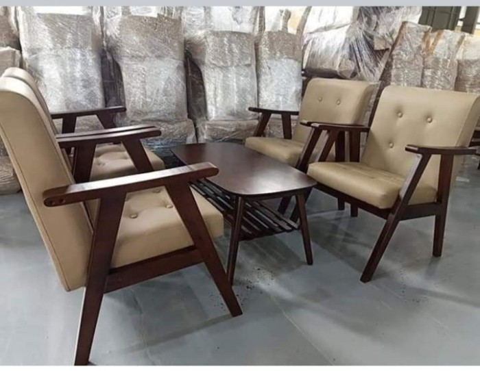 Sofa gỗ bọc nệm màu Da Bò cực đẹp và sang4
