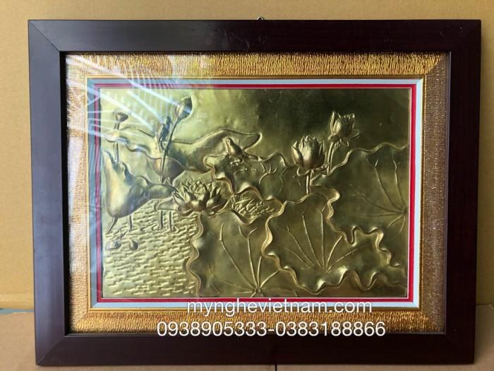 Tranh sen bằng đồng,quà tặng ý nghĩa1