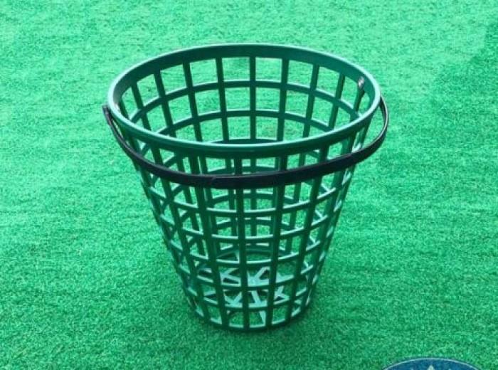 Giỏ đựng bóng golf bằng nhựa cao cấp.5