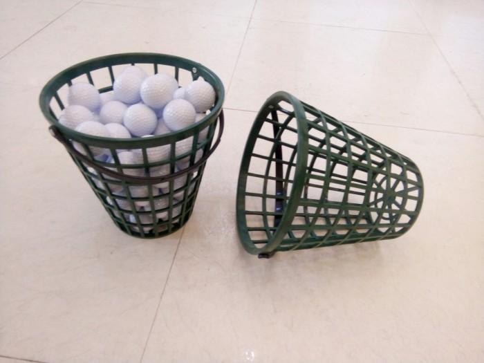 Giỏ đựng bóng golf bằng nhựa cao cấp.7