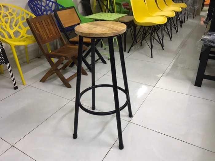 Ghế gỗ bar giá tại xưởng1