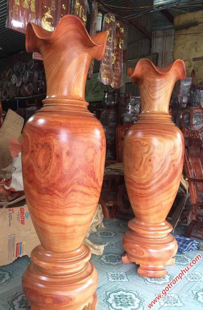 Cặp lục bình gỗ hương đá cao 1m5 – 1m61