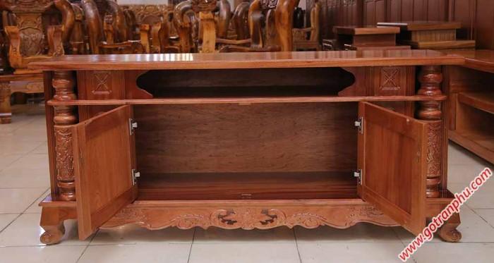 Kệ tivi cột nho gỗ xoan đào 1m4 – 1m6 – 1m80