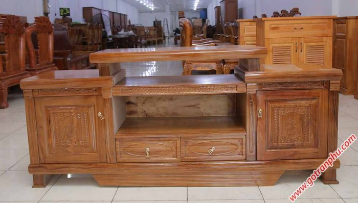 Kệ tivi gỗ hương xám kiểu nhô 1m6 – 1m80