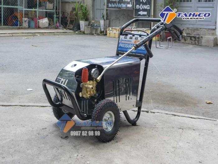 Máy rửa xe cao áp 7,5kw Kokoro T3600M tại Bảo Lộc0