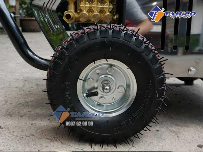 Máy rửa xe cao áp 7,5kw Kokoro T3600M tại Bảo Lộc4