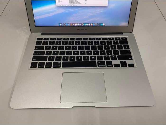Macbook Air 13 2015 i5 4gb 128gb nguyên zin0