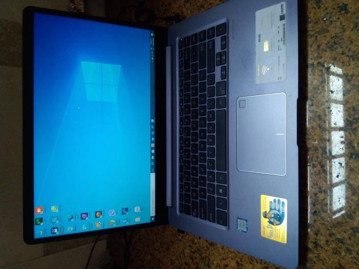 Laptop Asus i3 8130 4G 1Tb mới 90% bán gấp1