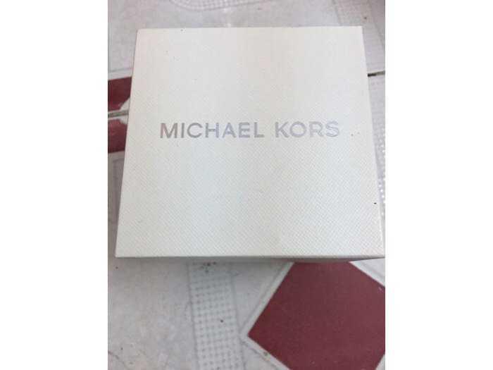 Đồng hồ Michael Kors2