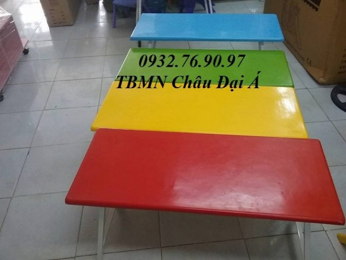 Bàn ghế ch bé, bàn ghế xinh1