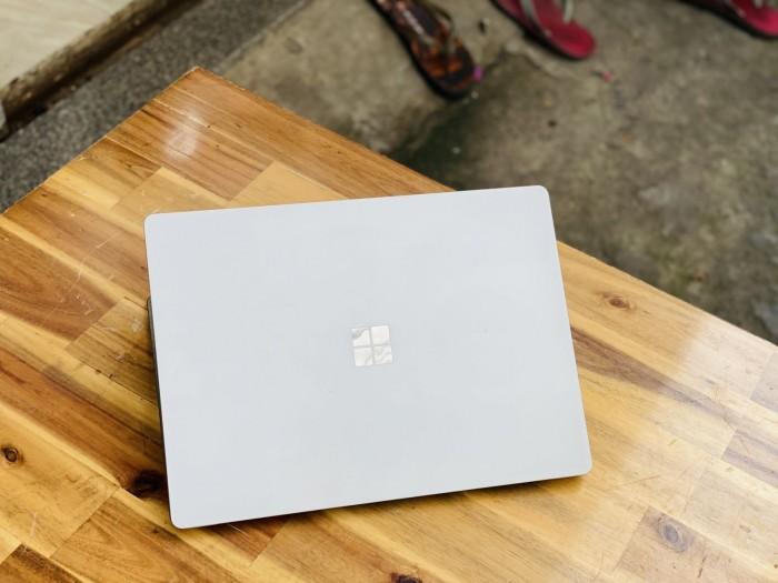Surface Laptop 2/ i5 8250U/ 8G/ SSD128/ 2K/ Touch/ Win 10/ 13.5in/ Giá rẻ1