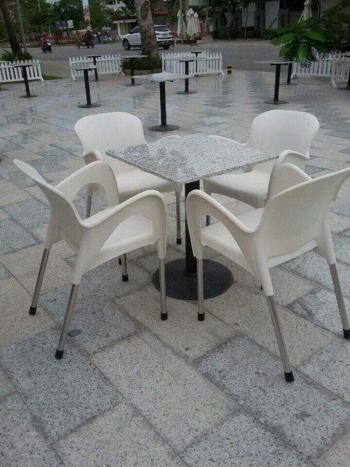 Cần thanh lý bàn ghế như hình giá rẻ hàng xuất khẩu nha,hàng bao đẹp..4