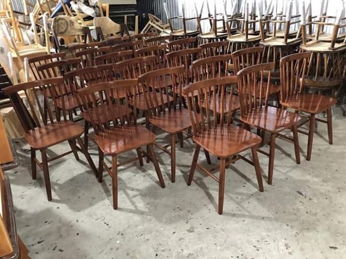 Xưởng ghế gỗ giá cực rẻ..4