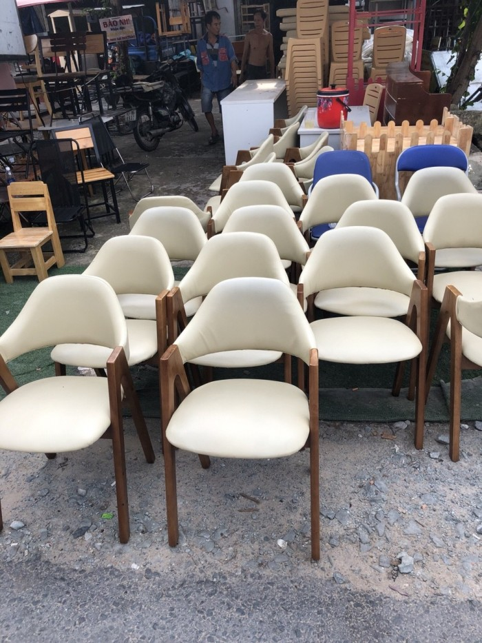 Ghế chữ A gỗ tự nhiên bọc nệm sản xuất bán giá tại xưởng..4
