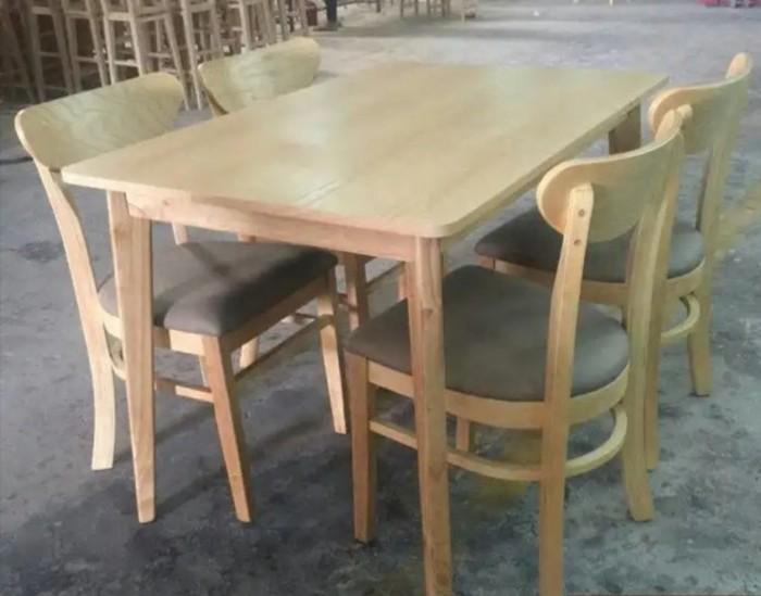 Bàn ghế cafe giá rẻ ac ,có nhu cầu xin lh mình nha,160