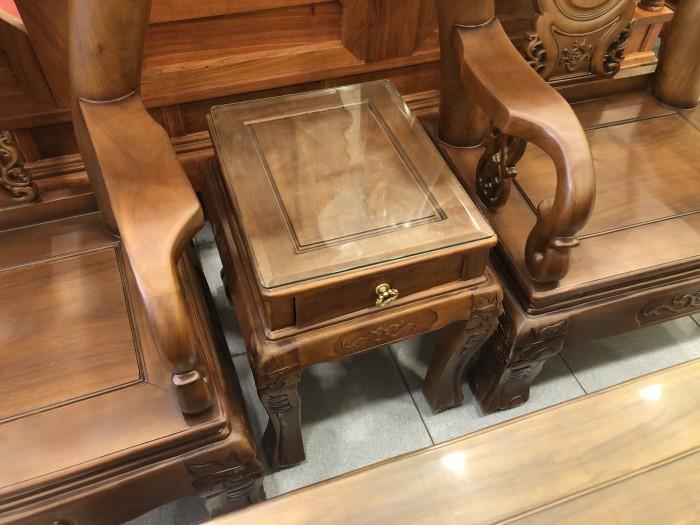 Bộ bàn ghế tay 12 chạm đào màu cổ điển sang trọng4