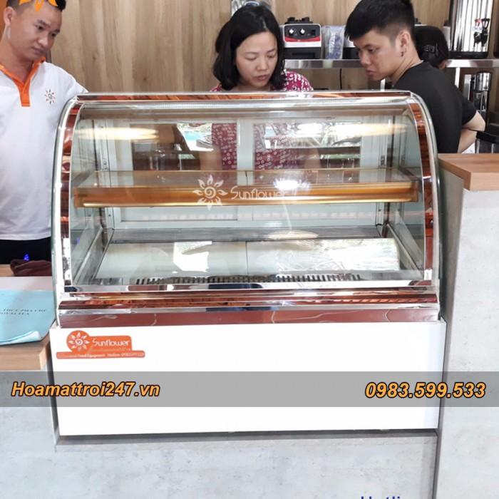 Tủ trưng bay bánh kem mini kính cong1