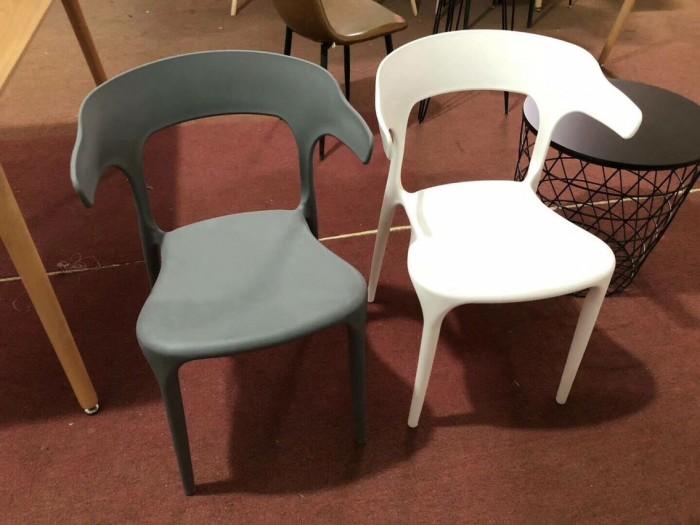 Ghế nhựa đúc nhjiều màu4
