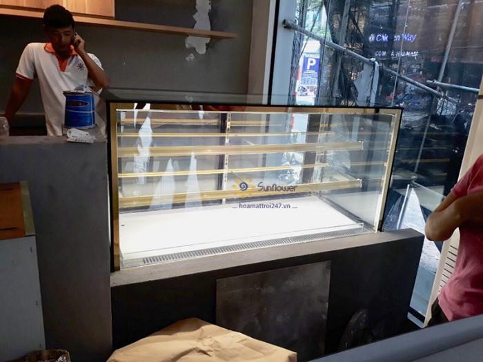 Tủ trưng bày bánh kem vuông 3 tầng 1m22