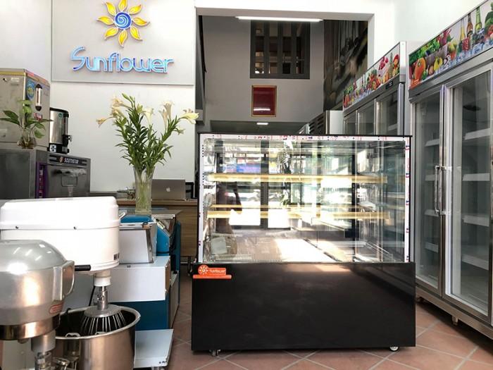 Tủ trưng bày bánh kem vuông 3 tầng 1m23