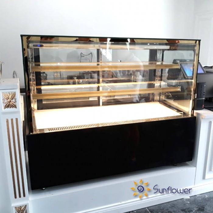 Tủ trưng bày bánh kem vuông 3 tầng 1m24