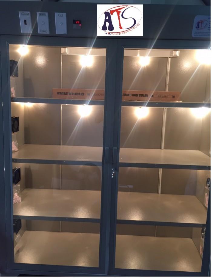 Tủ bảo quản kính hiển vi phòng thí nghiệm1